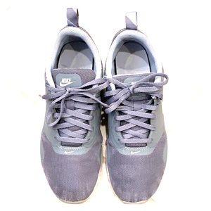 Boys Nike Air Max Tavas
